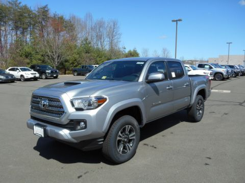 New Toyota Tacoma TRD Sport Double Cab 4x4 V6 Short Bed Automatic