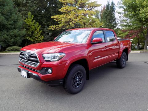 New Toyota Tacoma SR5 Double Cab 4x4 V6 Short Bed