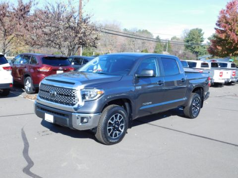 New Toyota Tundra SR5 4x4 Crew Max 5.7L V8 Short Bed