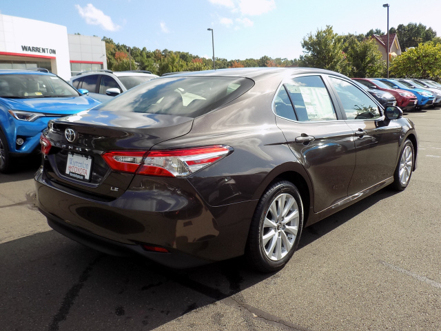 new 2018 toyota camry le 4d sedan in warrenton w180049. Black Bedroom Furniture Sets. Home Design Ideas