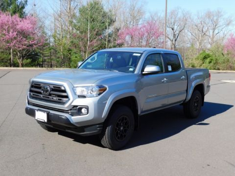 New 2019 Toyota Tacoma SR5 Double Cab 4x4 V6 Short Bed