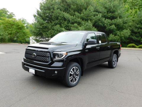 New 2019 Toyota Tundra SR5 4x4 Crew Max V8 Short Bed